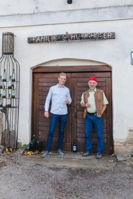 Herzlich willkommen in Schwoga's Weinkeller