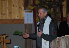 Die Weintaufe ist langjährige Tradition in Krems-Thallern