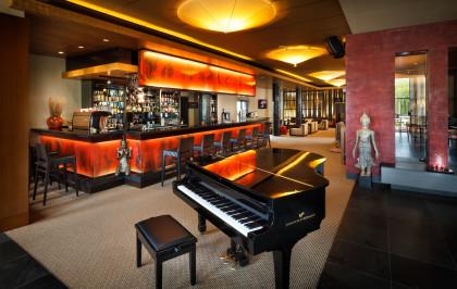 Linsberg Asia - Piano Bar im Hotel
