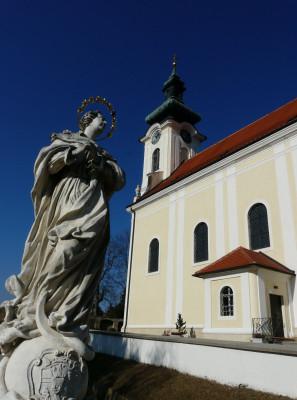 Wolkersdorf-Den Heiligen auf der Spur