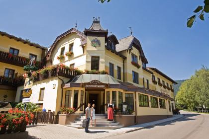 """Nächtigung im Alpen-Aktiv Landgasthof """"Zur Schubertlinde"""""""