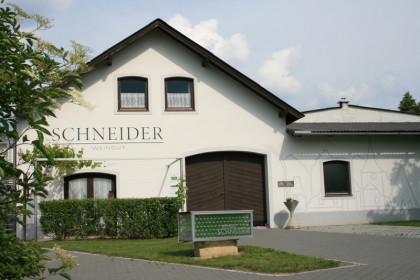 Weingut Reinhard Schneider