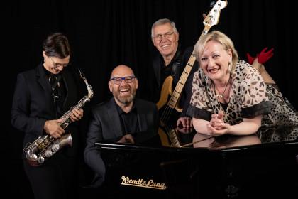 """It´s Swing and Jazz-Time"" mit dem Regine Pawelka Quartett"