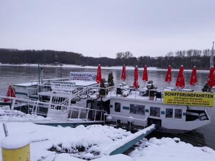 Schiffscafe Struden Orth / Donau