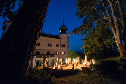 Schloss Artstetten in der Vollmondnacht