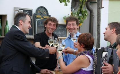 Die Falkensteiner Weinbauern laden ein!