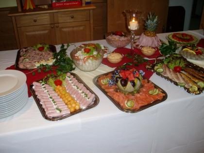 Buffet vom Feinsten - Familie Kerschbaum richtet auch gerne Feste aus.