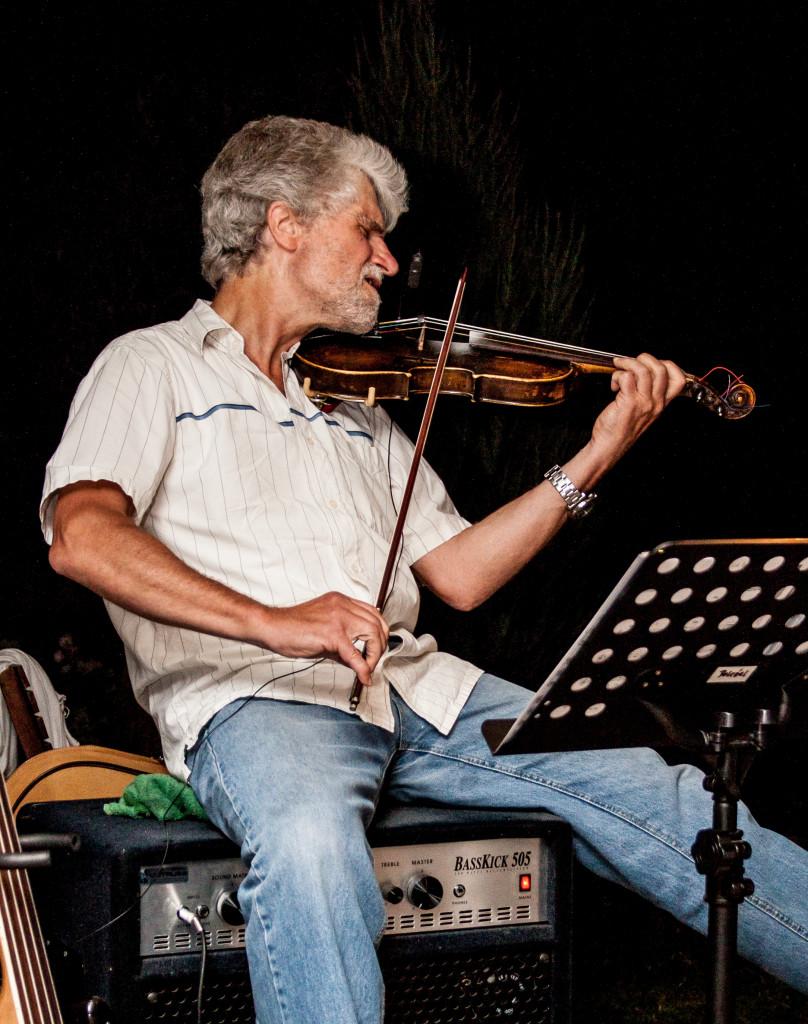 """Maxi Musikpicknick """"SaitenReise: Mit Kontragitarre und Geige um die Welt"""""""