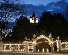 Eingang zum Adventzauber im Schlosspark