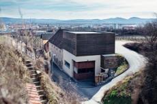 Am Weingut Rainer Wess wird freitags und samstags eine Weinbar eröffnet.