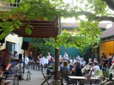 Veranstaltung im Innenhof