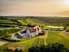 Restaurant & Hotel Neustifter | Genießen Sie den herrlichen Ausblick!