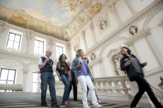 Die Göttweiger Kaiserstiege - überragt von Paul Trogers Deckenfresko