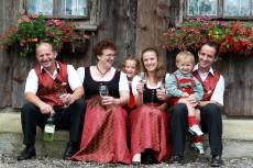 Fam. Maria und Leopold Reikersdorfer