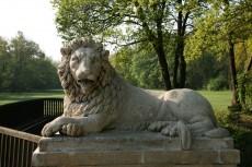 Die Löwenbrücke
