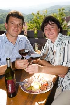 Terrassenheuriger Rainer und Gabriele Czipin