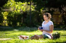 Gemütliches Vormittags-Yoga im Vöslauer Schlosspark